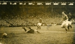France Football Match France 1 Portugal 0 Ancienne Photo 1947 - Sports