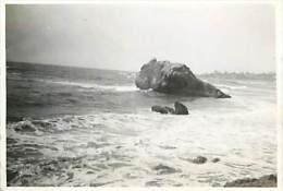 Réf : D-15 4041 : Photographie Format Environ 8.5  X 6 Cm MAI 1946 BIARRITZ LA COTE DES BASQUES - Lieux