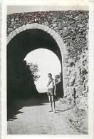 Réf : D-15 4042 : Photographie Format Environ 9  X 6 Cm AOUT 1949  COL DE L ASCLIER DEPARTEMENT DU GARD 916 M - Lieux
