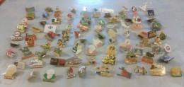 Lot De 91 Pin's (dont 9 Sans Attache) - Lots