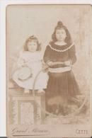 FILLETTES ET CERCEAU PHOTO ANCIENNE (PHOT GRAND MERCURE CETTE) - Anonymous Persons