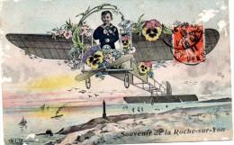 LA ROCHE S UR YON Souvenir -enfant Dans Aéroplane  -cpa 1911 En état Moyen - La Roche Sur Yon