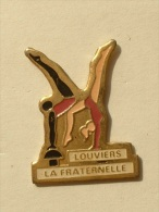 Pin´s FEMME - GYMNASTIQUE LOUVIERS LA FRATERNELLE - Pin-ups
