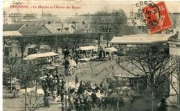 CPA 91 ESSONNES LE MARCHE ET L ENTREE DES ECOLES 1908 - Essonnes