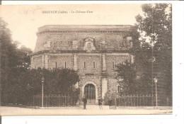 ISSOUDUN    Le Chateau D´eau - Châteaux D'eau & éoliennes
