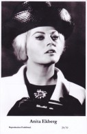 ANITA EKBERG - Film Star Pin Up - Publisher Swiftsure Postcards 2000 - Sin Clasificación