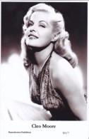 CLEO MOORE - Film Star Pin Up - Publisher Swiftsure Postcards 2000 - Postales