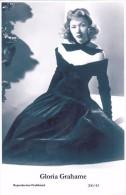GLORIA GRAHAME - Film Star Pin Up - Publisher Swiftsure Postcards 2000 - Postales