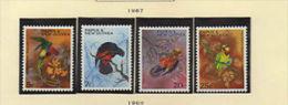 """Papouasie (1967)  - """"Péroquets""""  Neufs** - Papouasie-Nouvelle-Guinée"""