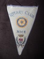 Vintage Fanion:  NICE.    (FRANCE).  -   ROTARY  CLUB  INTERNATIONAL - Organisations