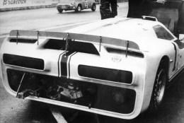 56Ba  Grande Photo De R. Cohen Course Automobile Circuit Des 24h Du Mans Année Et Modele à Identifier - Le Mans
