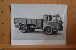 8 Photos Originales  De Camions Et Tracteur FIAT.Direzione Stampa E Propaganda. (Notice En Italien) - Guerre, Militaire