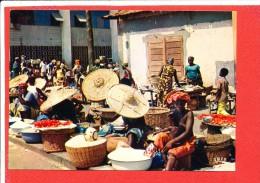 LOME TOGO Cp Animée Le Marché      7617 Iris - Togo