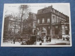 Paris  La Mairie Du 3° Arrondissement - Animée : Automobile - Ed. EOK 142 - Carte Glacée - Circulée - L208 - Paris (03)