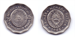 Argentina 25 Pesos 1966 1st Issue Of National Coinage In 1813 - Argentina