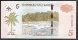Suriname 5 Dollar 2010 P162a UNC - Surinam