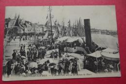 Cp  Trouville Sur Mer L'avant Port , Arrivee Du Bateau Du Havre - Piroscafi