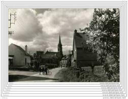 CPSM  POMMERET - Vue Générale Sur Le Bourg - Non Classés