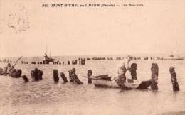 St Michel En L'Herm : Les Bouchots - Saint Michel En L'Herm