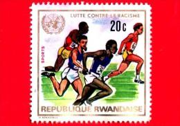 RWANDA - Usato - 1972 - Lotta Contro Il Razzismo - Relè (Sport) Ed Emblema Delle Nazioni Unite - 20 - Rwanda