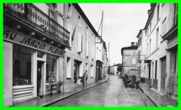 MATHA (Charente Maritime) Rue D'AULNAY  (recto Verso) - Matha