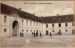 CPA 1589 PONTARLIER  Caserne Marguet. Animation De Militaires. 1916 Edit.L. Gaillard-Prête Besançon - Pontarlier