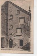 """CP Puy De Dome BESSE La Poste """"l'Auvergne Pittoresque"""" Edition Idéal N° 3329 - Besse Et Saint Anastaise"""