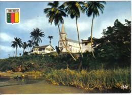 Carte Postale Afrique  Cameroun Kribi   L'église Hoa-Qui N° 6993  Trés Beau Plan - Camerun
