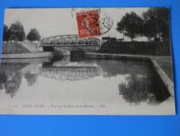 SAINT DENIS  Pont Sur La Route De La Révolte - Saint Denis