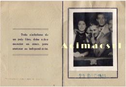 Tir à La Carabine Au Stand Foire Prix Pour Le Tir De Précision Surrealisme-Rifle Shooting FÊTE FORAINE Photobooth 1949 - Photos