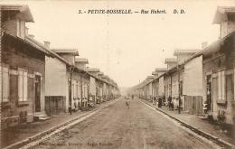 PETITE ROSSELLE RUE HUBERT  EDITION KAAS - France