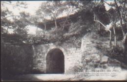 KOREA NORD POSTCARD THE VIEW OF FAMOUSGENBU GATE WHERE .........HEIJO - Korea (Nord)