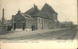 Berchem St Agathe : La Gare - Het Station - Berchem-Ste-Agathe - St-Agatha-Berchem