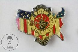 America´s Fire Department - Fireman/ Firefighter Pin Badge #PLS - Bomberos