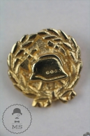 Sapeurs Pompiers Fireman/ Firefighter Golden Colour - Pin Badge #PLS - Bomberos