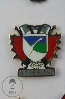 Fireman/ Firefighter Sapeurs Pompiers Le Blanc France - Pin Badge #PLS - Bomberos
