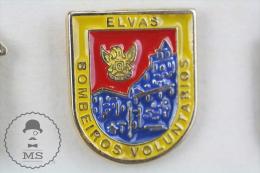 Elvas, Portugal Fireman Firefighter - Pin Badge #PLS - Bomberos