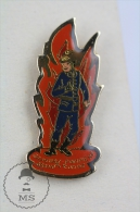 Sapeurs Pompiers Grand Tomb France - Fireman Firefighter - Pin Badge #PLS - Bomberos