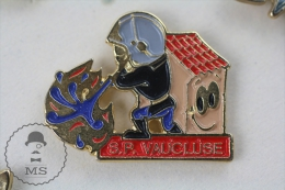 Sapeurs Pompiers Vaucluse, France - Fireman Firefighter - Pin Badge #PLS - Bomberos