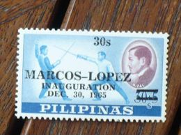 PHILIPPINES, PILIPINAS Escrime. Yvert N°637  ** MNH - Escrime