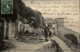 41 - LES ROCHES - Troglodytes - France