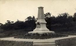 77 MOUROUX Rare Carte-Photo Par PASTANT à COULOMMIERS Monument Aux Morts - Sonstige Gemeinden