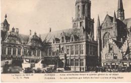 C.P.A. - Guerre 1914-15 - Furnes - Autos Mitrailleuses Devant Le Quartier Général Du Roi ALBERT - Belgique - Guerre 1914-18