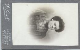 Photographie Montée Sur Carton /Buste De Femme /Picard /Paris / Versailles/vers 1900 PHOTN25 - Ancianas (antes De 1900)