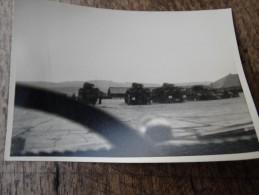 3ème Lancier En Manoeuvre Au Camp De Vogelsang...chars Sur Un Parking - Militaria