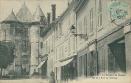 02 VIC SUR AISNE / Les Donjons Du Château, Rue De Fontenoy / - Vic Sur Aisne