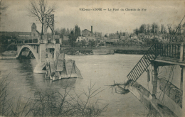 02 VIC SUR AISNE / Le Pont Du Chemin De Fer / - Vic Sur Aisne