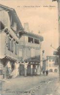 81 - L'Isle-sur-Tarn - Vieilles Maisons (tabac, épicerie Centrale) - Lisle Sur Tarn