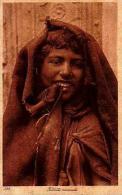 Afrique Du Nord     92    Fillette Nomade - Cartes Postales