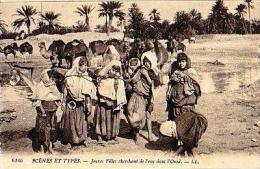 Afrique Du Nord     107   Jeunes Filles Cherchant De L'eau Dans L'oued - Cartes Postales